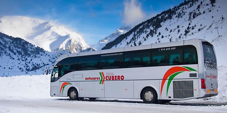 Alquila un autocar para tus excursiones a la nieve