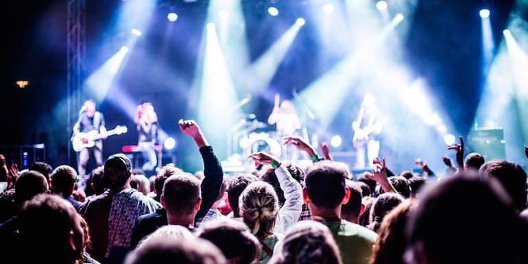 Alquiler de autobuses para conciertos y festivales