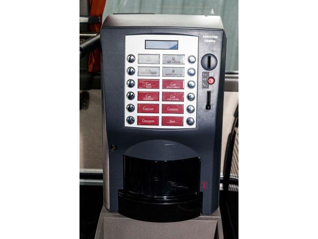 Alquiler de autocares Gran Lujo - Máquina de café