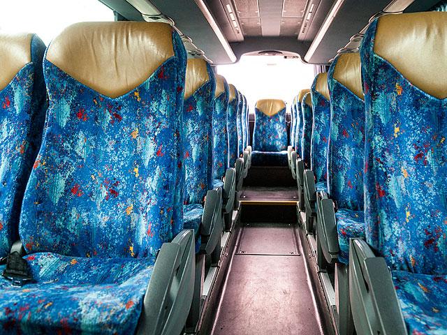 Alquiler de minibús - Interior del vehículo (asientos)