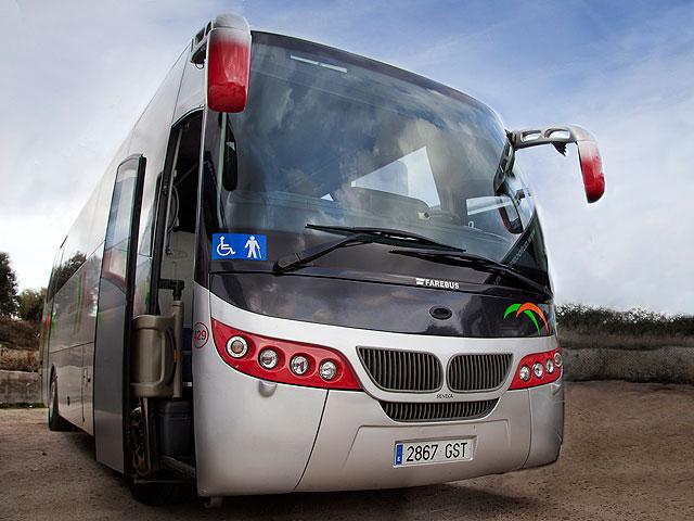Alquiler de minibús - Exterior del vehículo